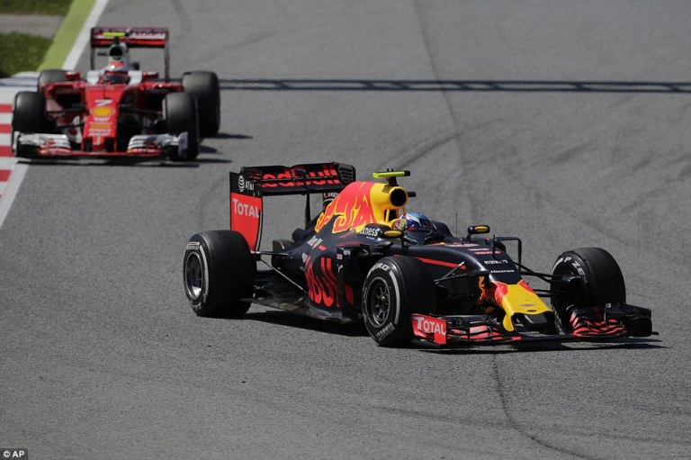 3432988200000578-3591371-Verstappen_took_the_lead_off_team_mate_Ricciardo_and_then_held_o-a-16_1463354650249.jpg